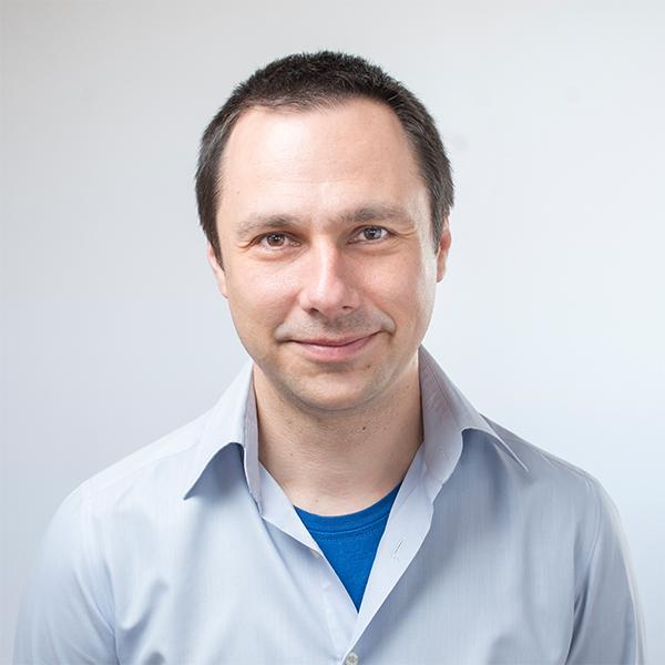 Борис Кръстев